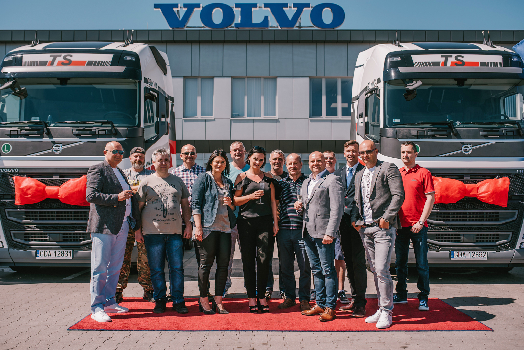 70 new VOLVO FH 500 Trucks